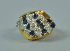 DIAMOND & SAPPHIRE CLUSTER RING, 1.60CTW