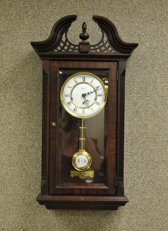 howard miller chiming wall clock lot 347