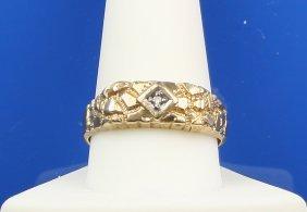 Man's 10k Gold Ring W/ Diamond