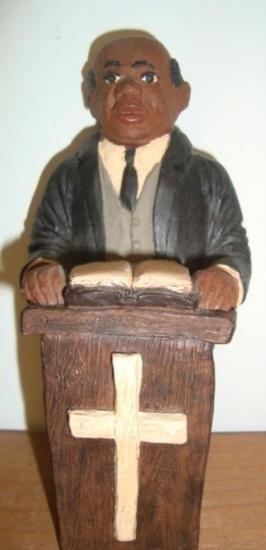 MWF1440 Black Americana Minister In Pulpit Figure