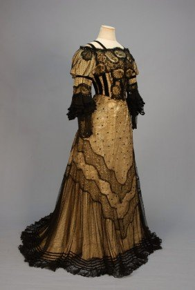TRAINED BLACK LACE EVENING GOWN With SEQUINS, C. 1