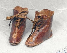 """PAIR ANTIQUE BROWN LEATHER DOLL BOOTS. 2 �"""" L.,"""