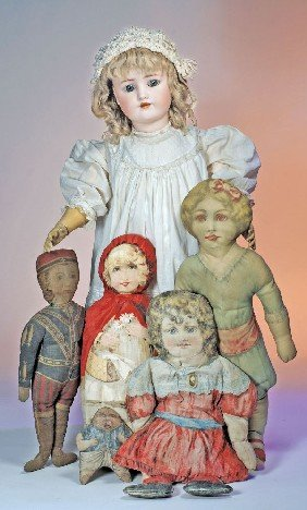 COLLECTION OF ANTIQUE PRINTED CLOTH DOLLS.  Includ