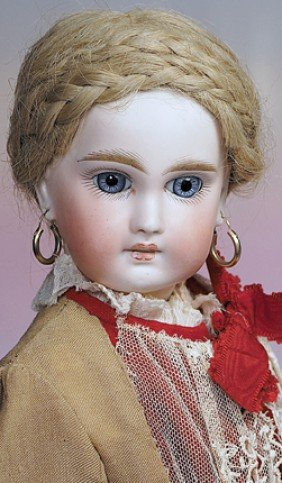 GERMAN BISQUE SONNEBURG DOLL WITH FRENCH-LOOK.  Mar