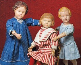 EARLY SCHOENHUT MODEL 101 GIRL WITH BLUE HAIR RIBB