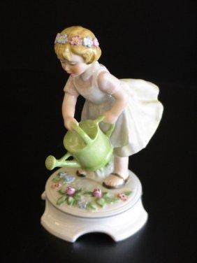 Goebel Lore 227 Tender Loving Care, Figurine # 8/