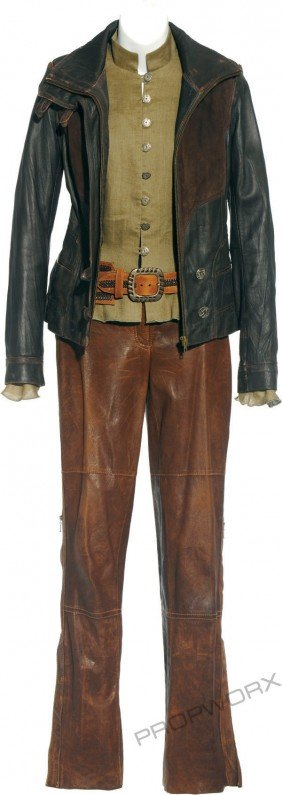 """Vala's Scoundrel Costume From """"Company Of Thieves"""""""
