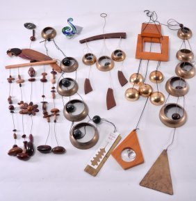 Costa Rica Wood & Metal Temple Style Wind Chimes