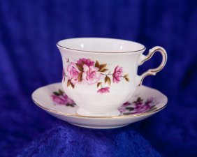 473 Queen Anne Bone China England Tea Cup Set Lot 473