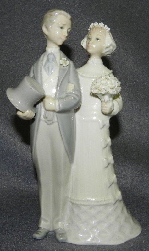 153 Lladro Wedding Couple Figurine Lot 153