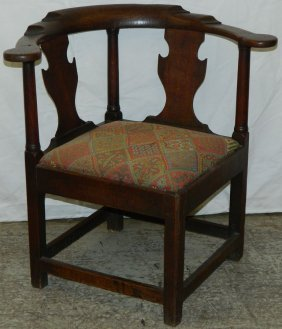18th C. English Oak Chippendale Corner Chair.
