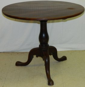 19th C. Mahogany Queen Anne Tilt Top Table.