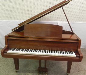 Mahogany Yamaha Baby Grand Piano W/ Stool.