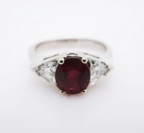 Vintage 14k Gold Ring W/ Triangle Diamonds & Ruby