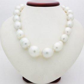 14k White Gold Pearl & Diamond Necklace