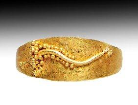 A Roman Gold Finger Ring