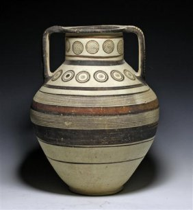An Early Cypro-Mycenaean Bichrome Amphora