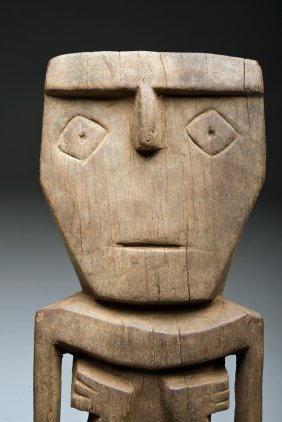 Pre-columbian Chimu Carved Wooden Figure