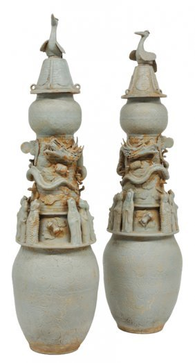 A PAIR OFSONG DYNASTY STYLE CHINESE ANTIQUE FUNERA