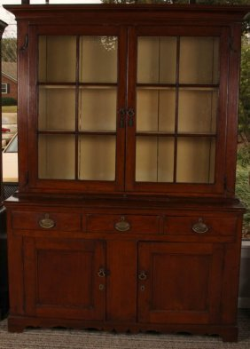 18th Century Pennsylvania Dutch Cupboard