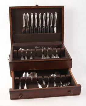 45 Wallace Sterling Silver Stradivari Flatware Set