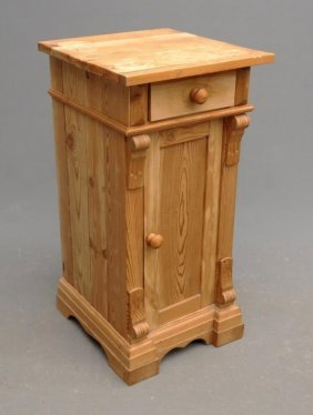Scubbed Pine Half Commode