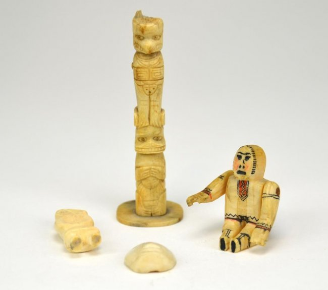 Four inuit bone ivory carvings lot
