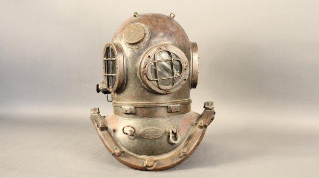 A J Morse 12 Bolt Diving Helmet Lot 580