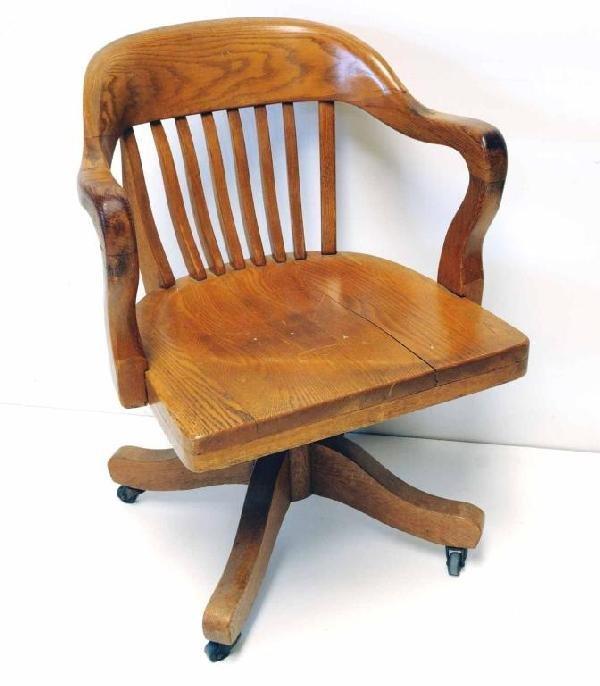16 Oak Swivel Desk Chair w Arms Lot 16