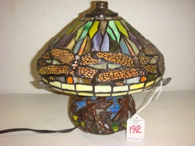 192 small tiffany style dragonfly lamp lot 192. Black Bedroom Furniture Sets. Home Design Ideas