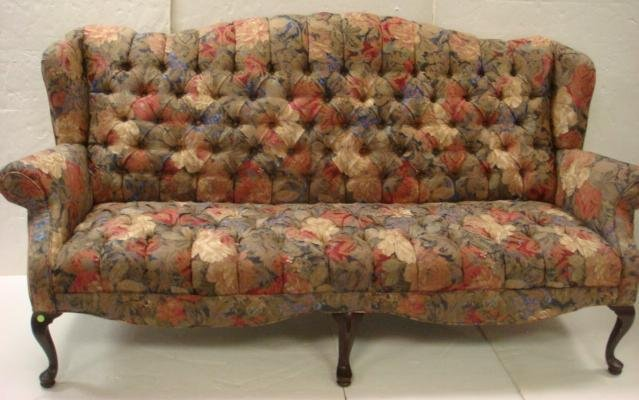 Large Queen Anne Style Flowered Sofa Lot 74