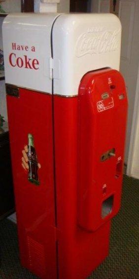 Vendorlator Vmc Model 44 Coke Cola Vending Machine: