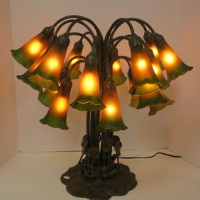 Tiffany Style 18 Light Lily Lamp: