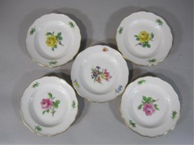 H80-195  SET OF 5 MEISSEN BUTTER DISHES