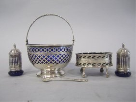 H32-7  GROUP OF 5 STERLING SILVER ITEMS