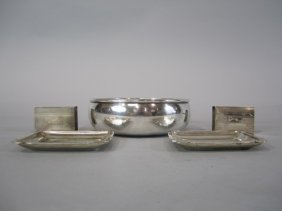 H32-11  GROUP OF 5 STERLING SILVER ITEMS