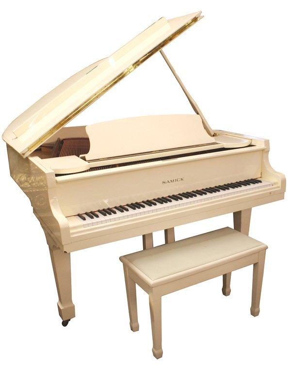 284 beautiful samick white baby grand piano sg 172 lot 284 for Baby grand piano height