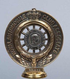 """K�hlerfigur Des """"Royal Automobile Club"""" In England,"""