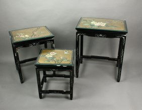 3 Pieces Set Of Black Lacquer Wood Nested Tables