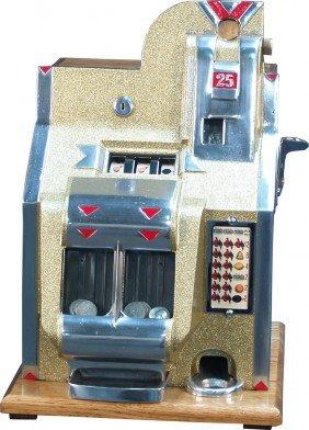 """25 Cent Mills Q.T. """"V Or Triangle"""" 3-Reel Miniatur"""
