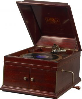 Victrola Style Vv Ix Tabletop Phonograph Record Player