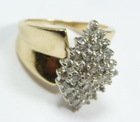 14K YELLOW GOLD WOMENS DIAMOND CLUSTER RING