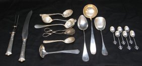 17 PIECES OF ASSORTED STERLING SILVER FLATWARE