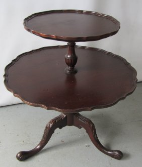 C1900 Mahogany 2 Tier Stand With Claw Feet