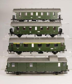 H�BNER 3 Personenwagen Und 1 Gep�ckwagen Donnerb�ch