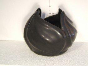 Van Briggle Vase/Pot Leaf Design