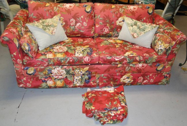 Floral Print Sleeper Sofa With Loads Of Accent Pillows Lot 253