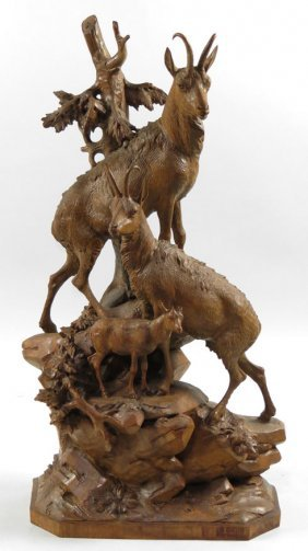 19TH C. SWISS BLACK FOREST ANIMAL CARVING
