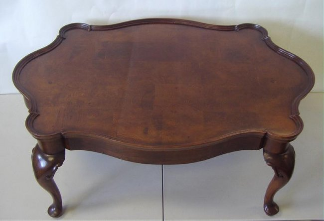 Queen Anne Style Coffee Table Pie Crust Edge Lot 53a