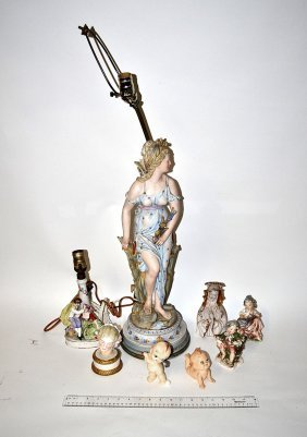 Assorted Ceramic Figural Group [8 Items]